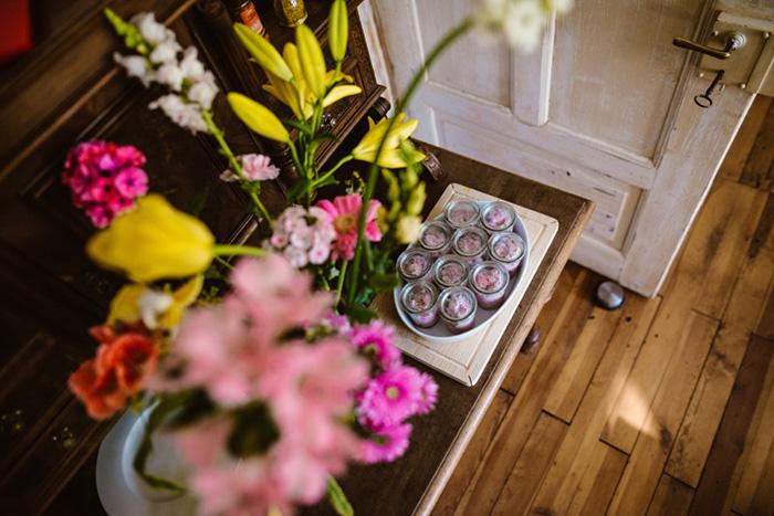 Blumen im Eingangsbereich